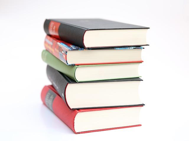 books-441866_640 (1)