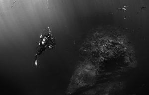 scuba-diver-569333_640