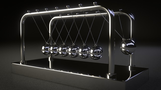 feature_newton_cradle