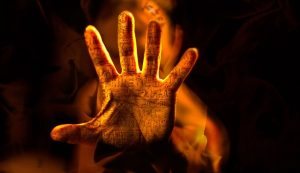 hand-1393606_640