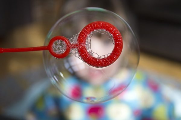 body_blowing_bubbles