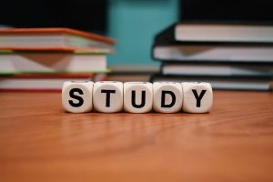 study-1968077_640
