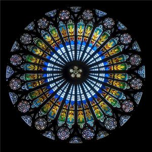 rose-window-536376_640