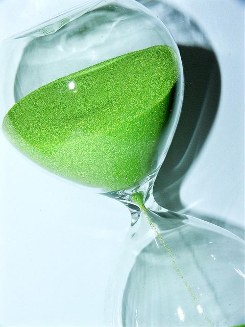 body_green_hourglass