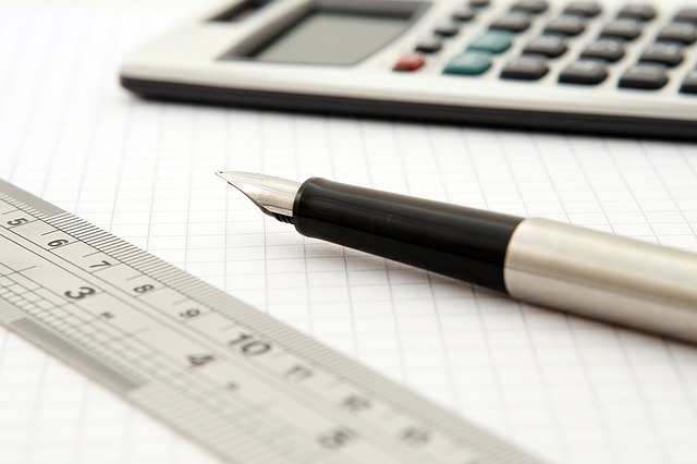 feature_math_calculator_pen_ruler