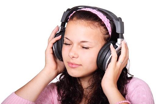 feature_listen