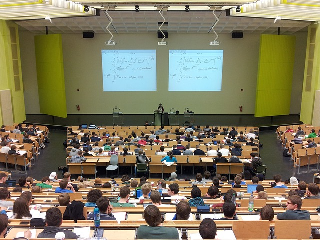 body_university_lecture